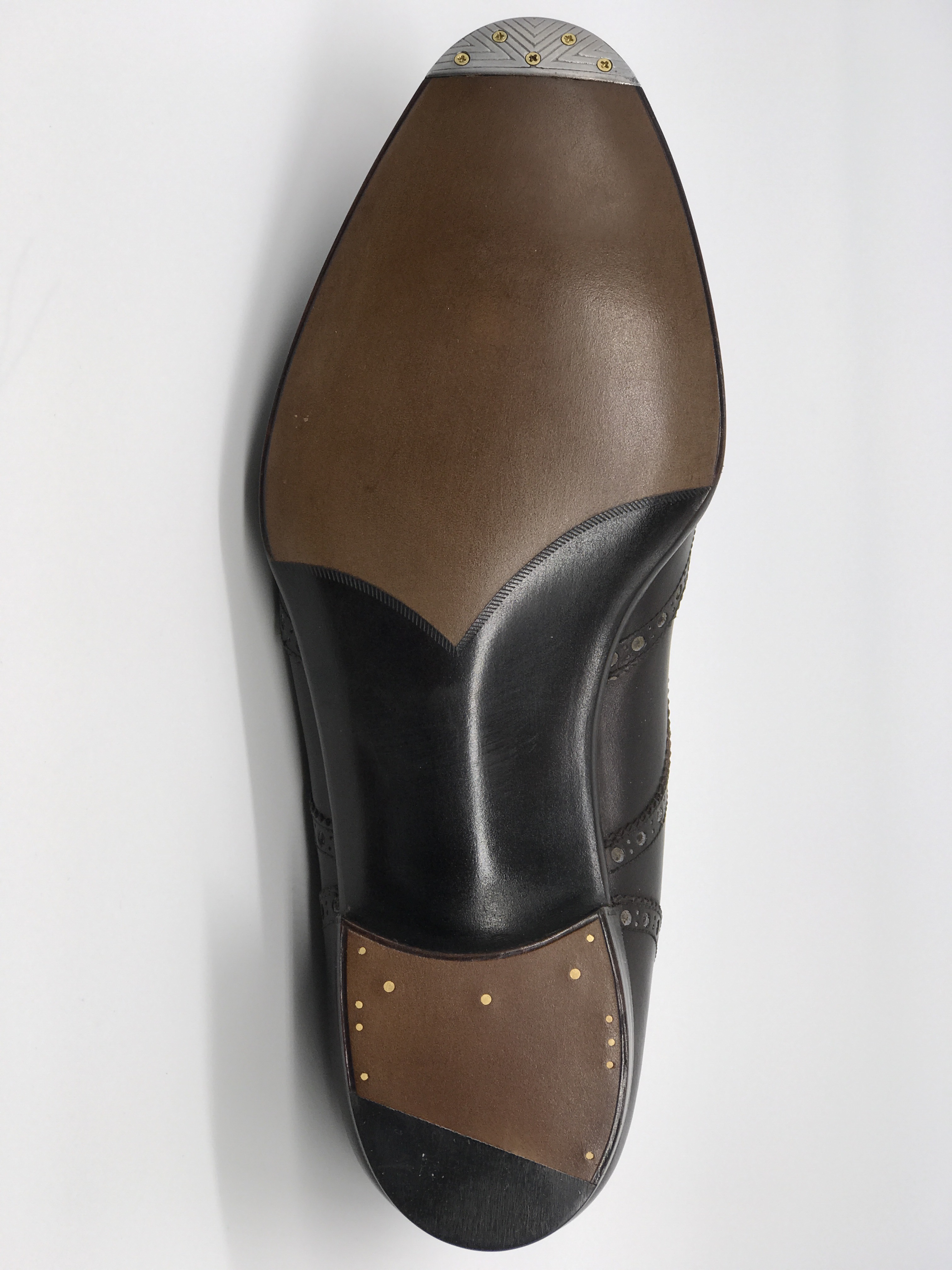Piched heel