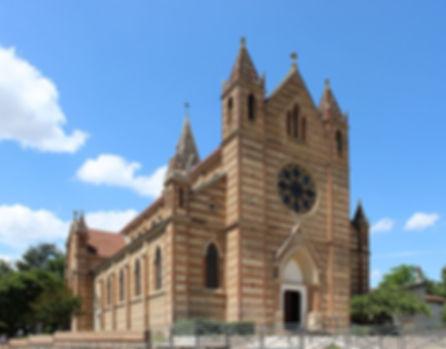 Genas_-_Église_Saint-Barthélemy_2015.jpg