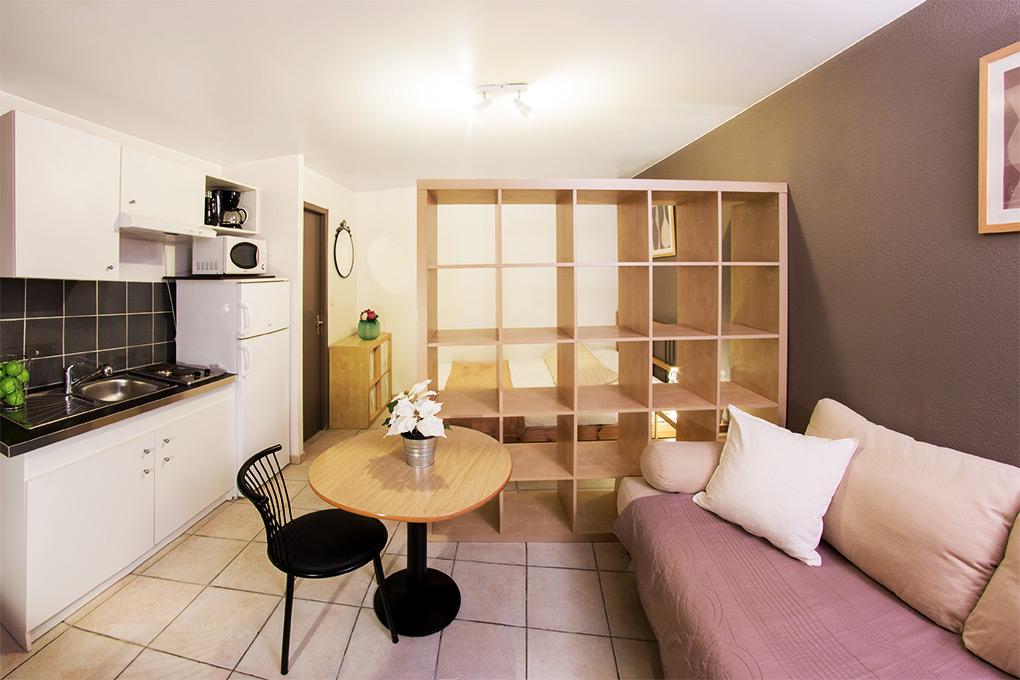 coralines-location-meublé.jpg