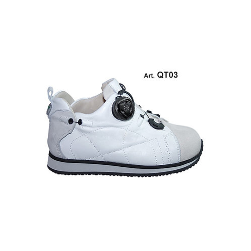 QT03 - QUILT - white