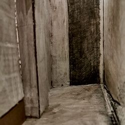 cardboard corridor (interiordetail)