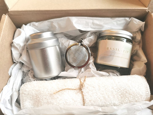 Handmade Candle & Tea Lovers Gift Set