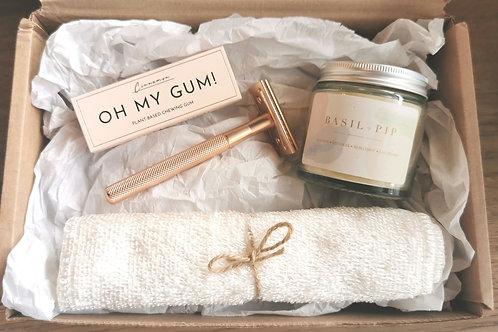 Handmade Candle & Razor Gift Set