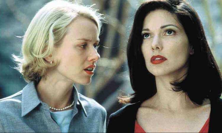 Naomi Watts em encontro com a mulher misteriosa da trama-otageek