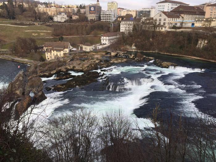 The dangerous waterfalls of Schaffhausen
