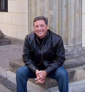 Dr. Bob Fischer