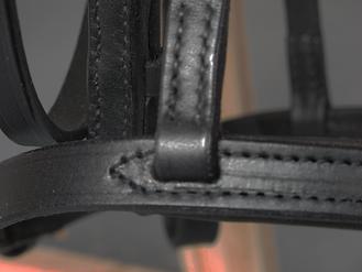 détail bridon aquilla sur mesure existe en noire et marron fabrication LM Sellier