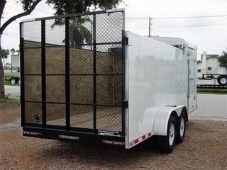 Hybrid open/enclosed trailer