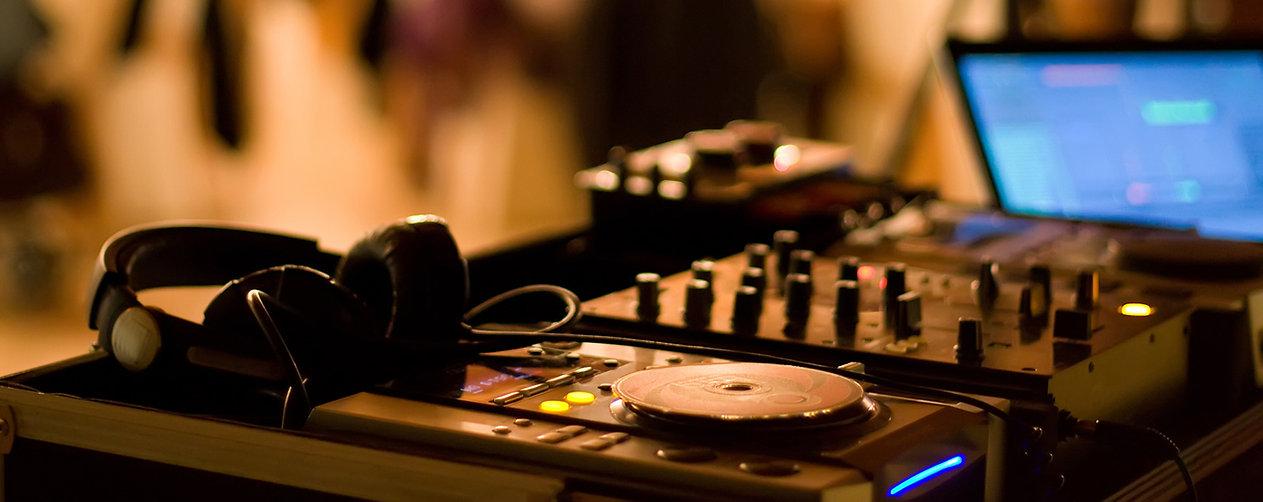 DJ Mixer, weddng, music, headphones, reception, party