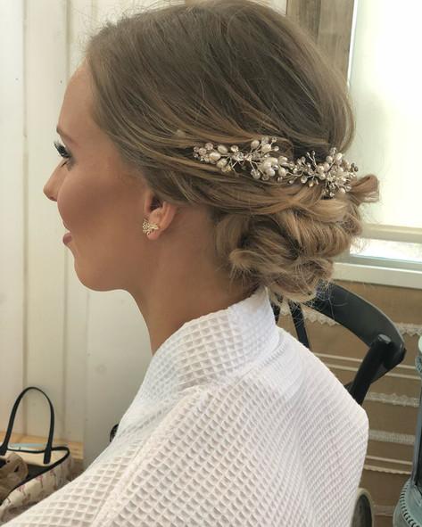 Jessica bridal hair.jpg