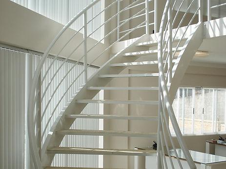 escada metalica.jpg