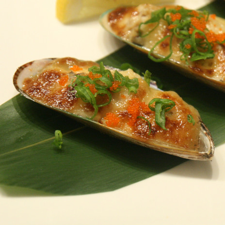 Baked Mussel $4