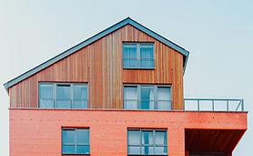 Unique Farmhouse + Balcony