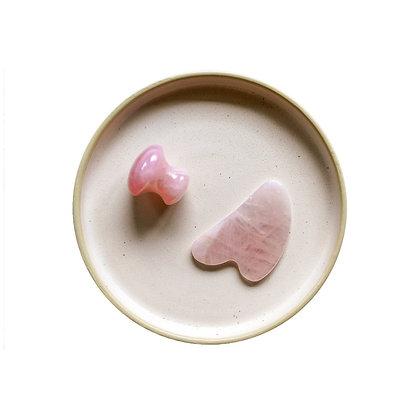 Gua sha forme en V quartz rose