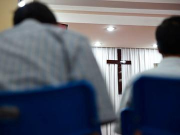 Cristãos vietnamitas são deportados