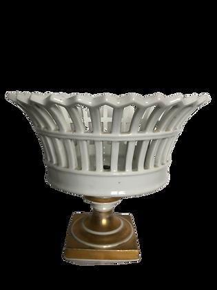 Coupe en porcelaine de Paris