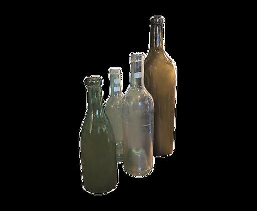 Lot de bouteilles anciennes