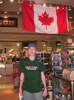 backpacking-in-Canada-Toronto.jpg