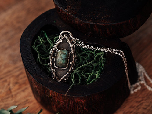 Labradorite & Twig Necklace