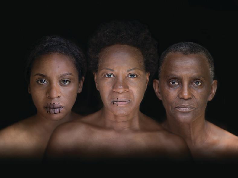 BulletHole By Gloria Williams - Photographer Lara Genovese for Naiad Photography