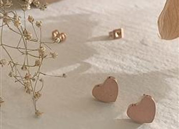 Total Eclipse Of The Heart Stud Earring Rose Gold