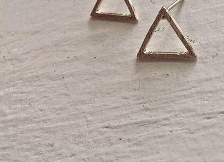 Trio Triangle Outline Stud Earrings Gold