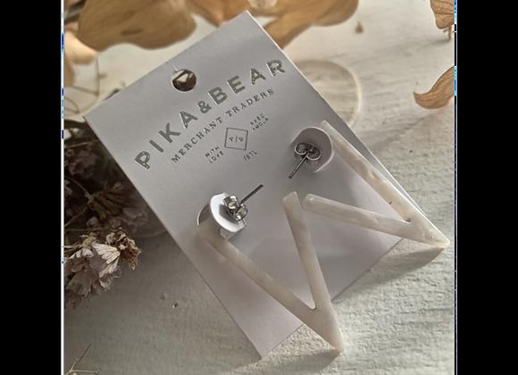 Flying V 4cm Acetate Earrings In White Cystral