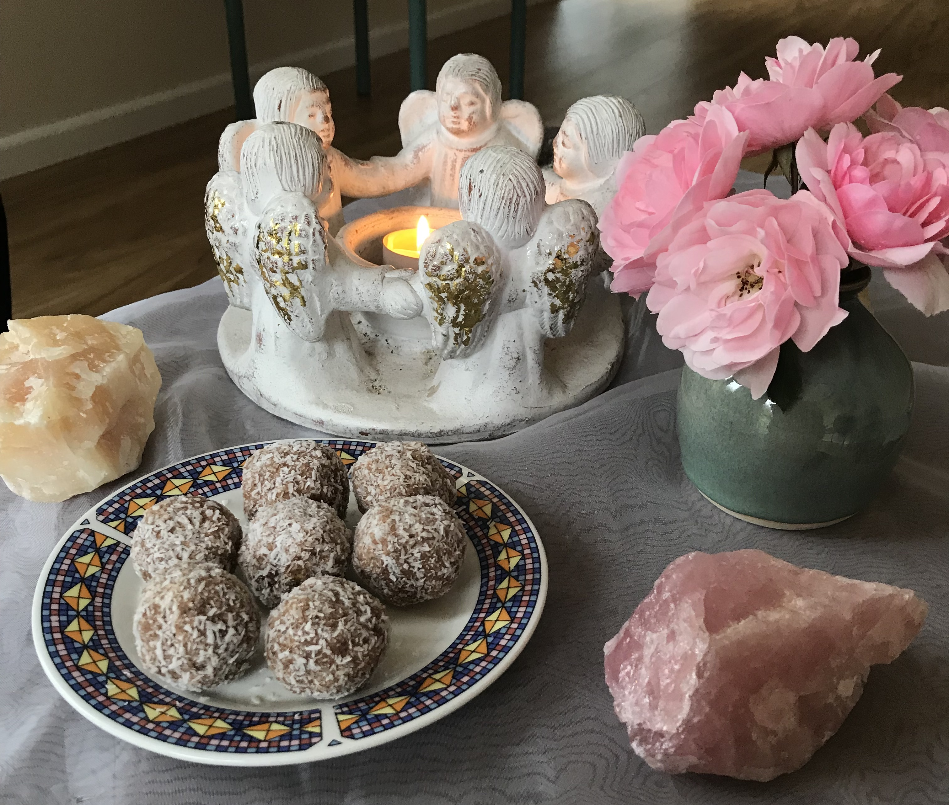 Crystals and roses