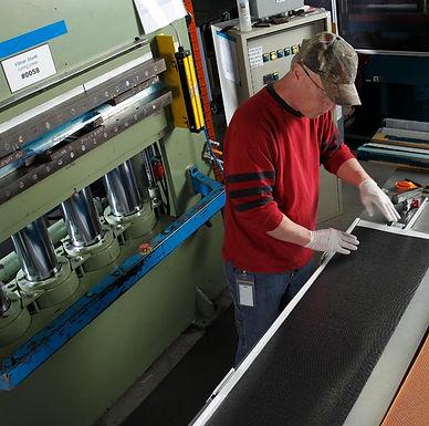 Compression Molding Bladder Molding | AIM Aerospace