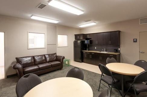 Niakwa - Lounge 3.jpg