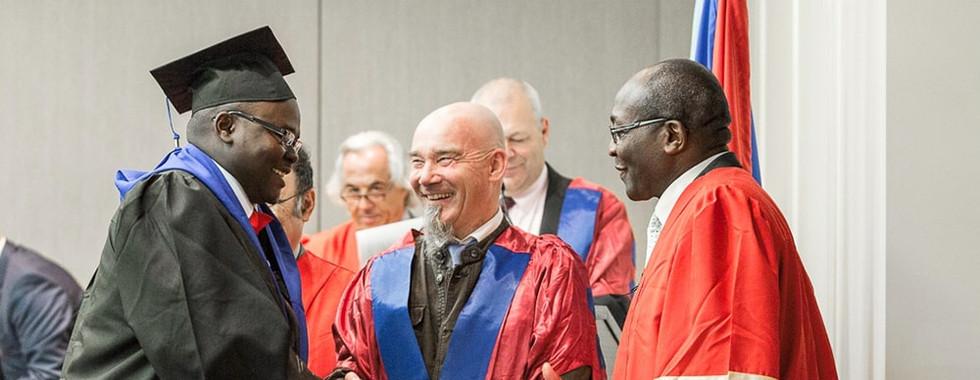 Cérémonie de remise des diplômes aux doctorants - Réception des diplômes