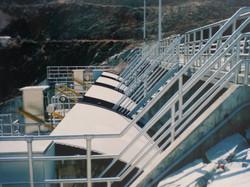 Radial Gate Lifting Hydraulic Cylinder at Dam.jpg