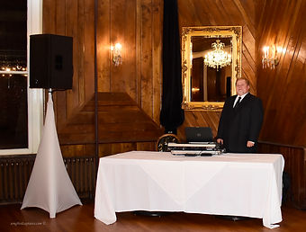 DJ JIMI CRESCENT HOTEL