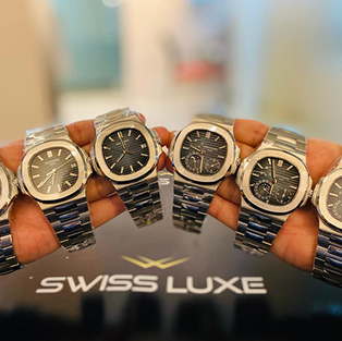 Collection of Patek Philippe Nautilus Steel - 5712/1A-001 and 5711/1A-001