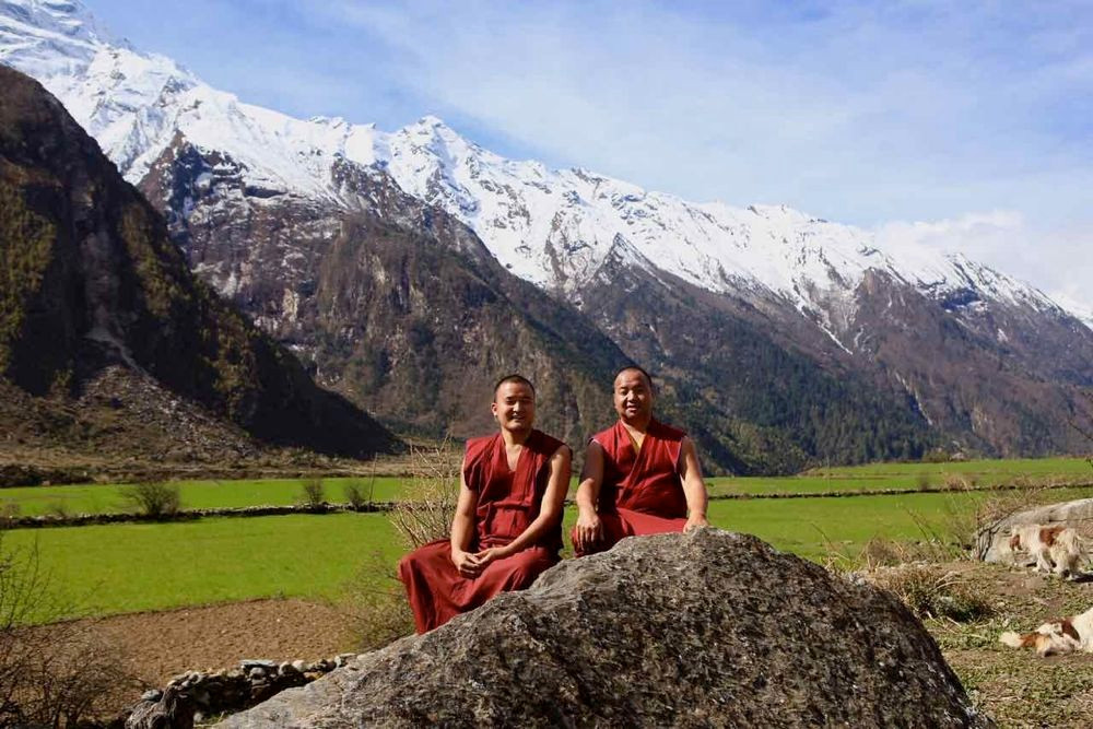 The Compassion Project Charity: Buddhist monks in the Happy Valley (Tsum, Nepal)