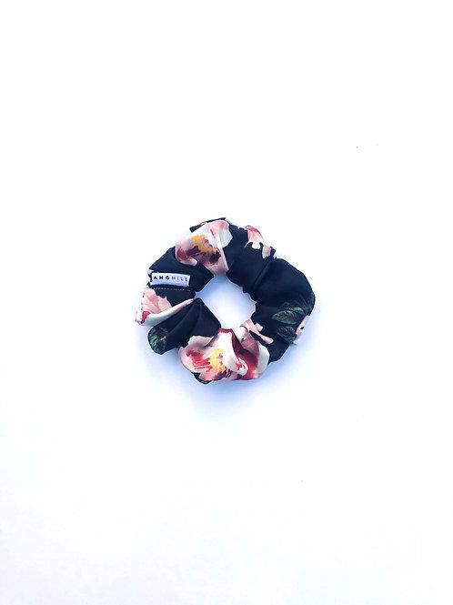 Love Scrunchies in Black Roses