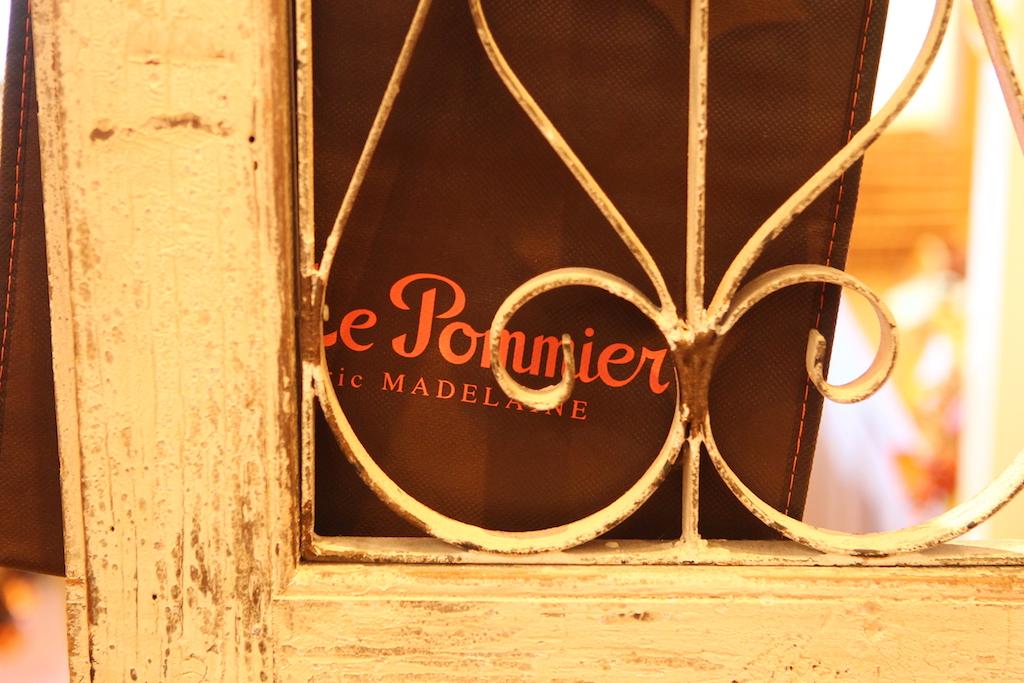 Le Pommier