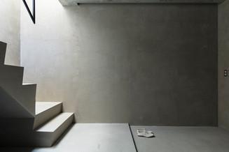 東久留米の 'yin-yang' house