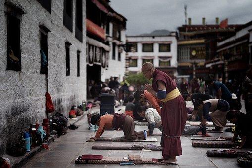 tibet-1717188__340.jpg
