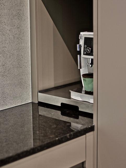 Küche Kaffeemaschine Auszug