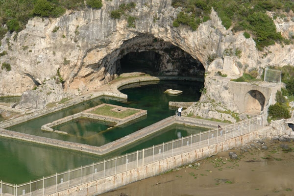 La-Grotta-di-Tiberio