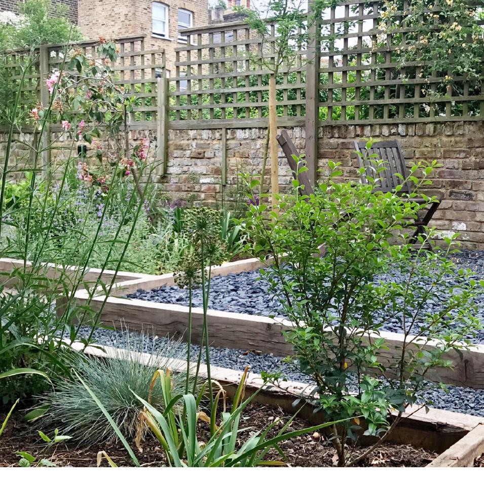 Garden design in Chiswick, London