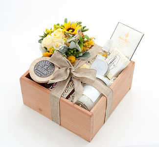 Gift Box, gifts, marin, spa gifts, gift baskets, marin gifts, marin gift baskets, local marin gifts, succulent gifts marin, marin gifts, perfect gift idea marin county, marin county