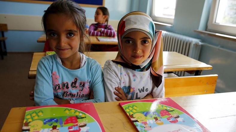 Suriyeli multeci cocuklar okulda Reuters