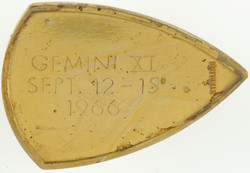 gemini11-gold-back