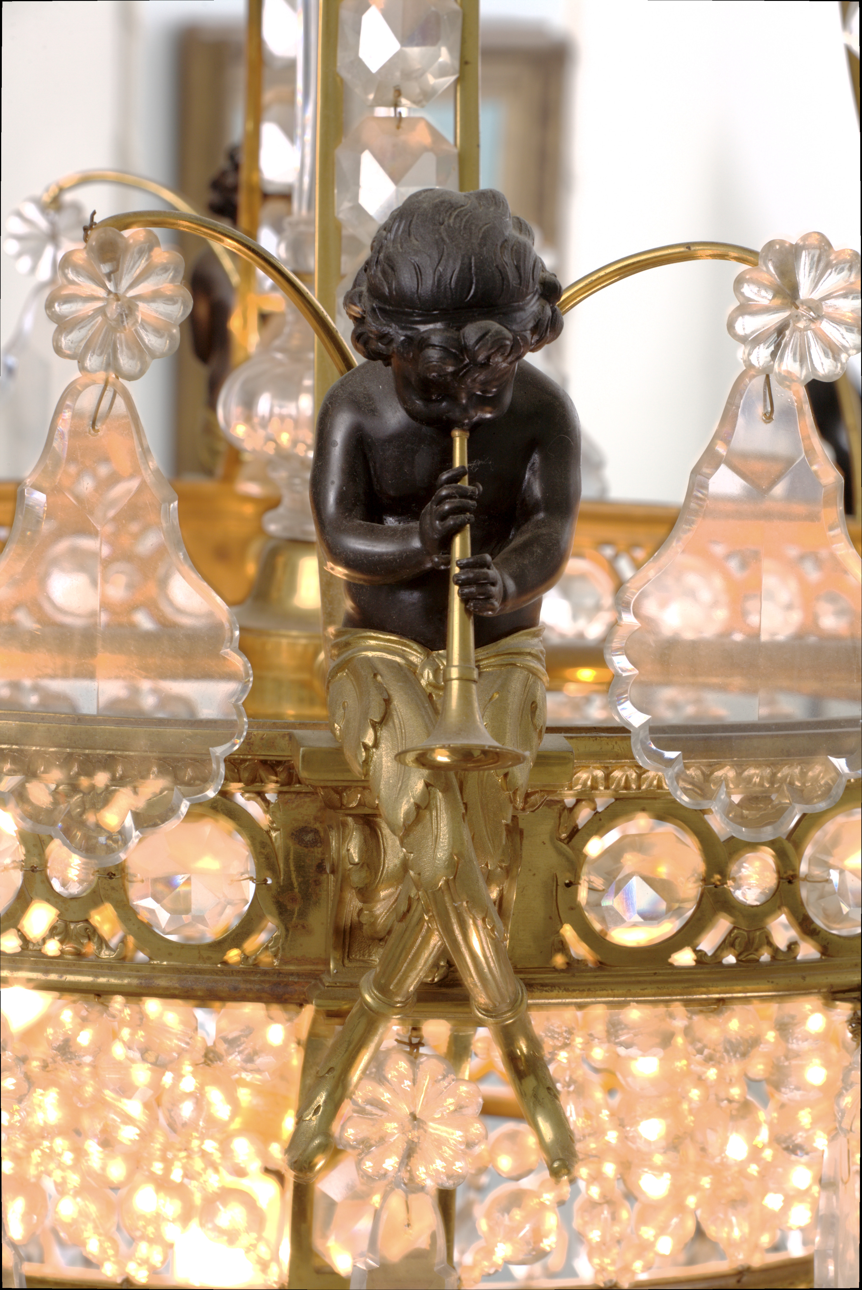 Chandalier Ornament