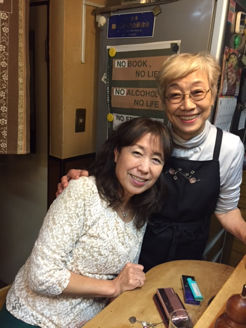 マドンナ久枝さんと母。