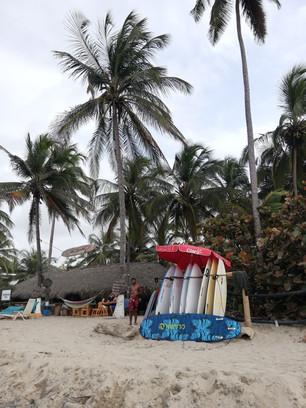 Surfen op Palomino strand