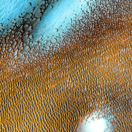 The blue dunes of mars