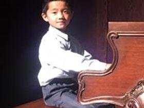 zheng piano.jpg